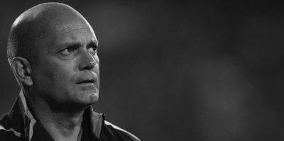 Eski futbolcu kalp krizinden hayatını kaybetti