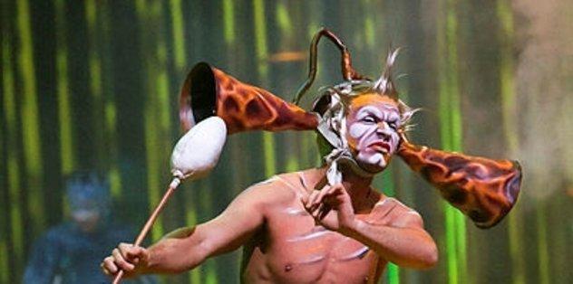 Cirque du Soleil'den Messi gösterisi