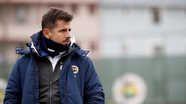Fenerbahçe'de Emre Belözoğlu Başakşehir maçı öncesi forvetini belirledi! #