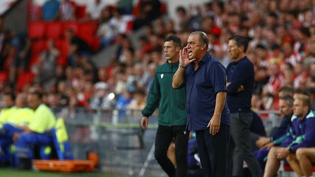 Son dakika spor haberleri: PSV Galatasaray maçı sonrası Fatih Terim esti gürledi! Bunun bir bedeli olacak