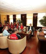 Buzun başarılı sporcuları Başkan Köşker'in konuğu
