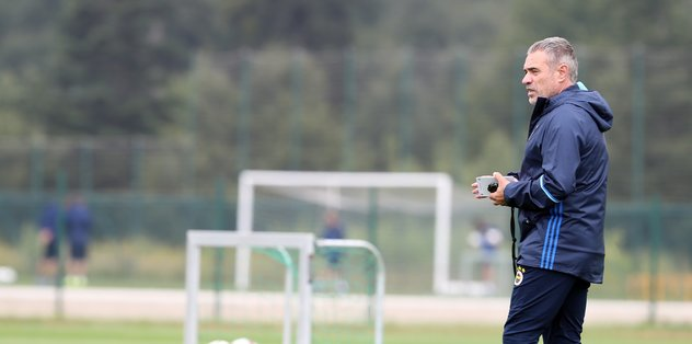 Fenerbahçe'de Ersun Yanal'dan flaş transfer sözleri! Yeni isimler de...