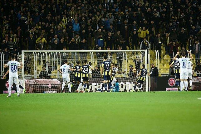 Spor yazarları Fenerbahçe - Kasımpaşa maçını yazdı