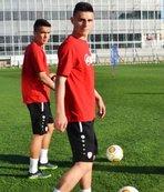 17'lik genç yıldız İstanbul'a geldi