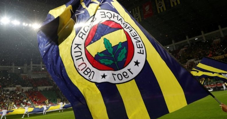 Fenerbahçe'de bombalar peş peşe! Tam 9 isim...