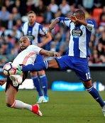 Emre Çolaklı Deportivo, Valencia'ya farklı kaybetti