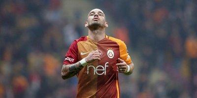 Başakşehir Sneijder'in peşinde