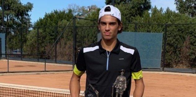 Türk tenisçi Cihan Akay'dan Avustralya'da önemli başarı