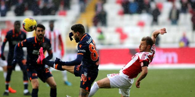 MAÇ SONUCU | Sivasspor 1-1 Başakşehir