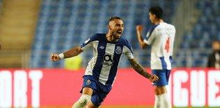 galatasaraya telles piyangosu manchester united 1596582457919 - Galatasaray'da Belhanda'nın yerine bedavaya dünya yıldızı!
