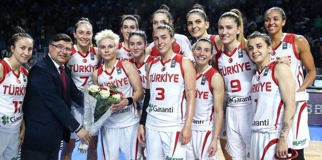 A Milli Kadın Takım Fransa'yı devirdi!