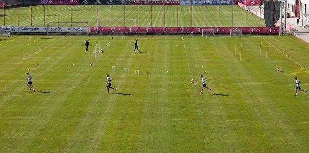 Bayern Münih, sosyal mesafe kuralına uyarak antrenmanlara başladı - Almanya Bundesliga -