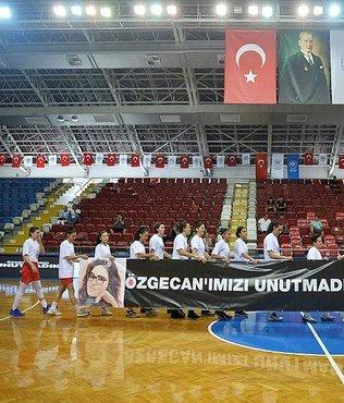 Özgecan Kadınlar Basketbol Turnuvası Mersin'de başladı