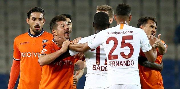 Başakşehir Galatasaray maçı sonrası şok kavga!