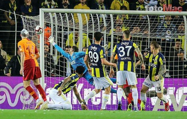 Kadıköy'de dikkat çeken detay! Fatih Terim ve Serdar Aziz...