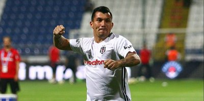 Beşiktaş'ta 2 isim kadroya alınmadı