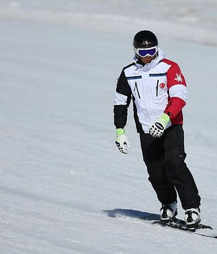 Olimpiyatlar buz tuttu