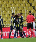Fenerbahçe ile Akhisarspor 13. randevuda