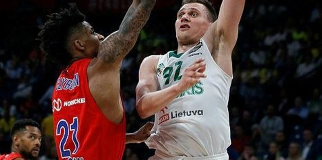 Will Clyburn CSKA'da kaldı
