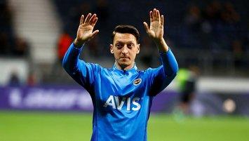 """Mesut Özil İngiltere'yi salladı! """"Arteta yastığında ağlarken..."""""""