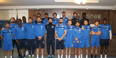 Adana Demirsporlu futbolculardan şok karar