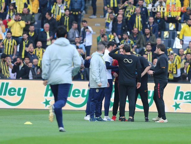 Kadıköy'de tartışma depremi! Volkan Demirel ve Hasan Şaş...