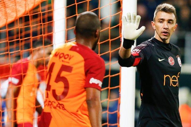 Galatasaray'da dev operasyon!