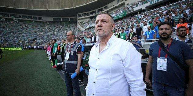 Bursaspor'da cezalılar Mesut Bakkal'ı düşündürüyor