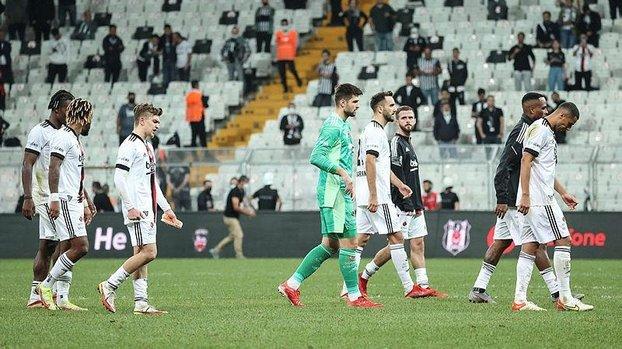 Beşiktaş'ta futbolculardan faul isyanı! Hakeme de söyledim...