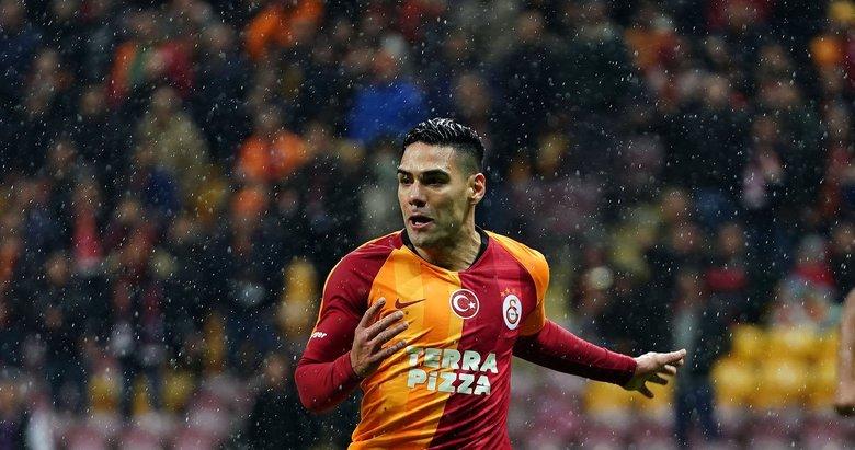 Radamel Falcao için flaş ayrılık haberi! 'İtalyan devine transfer oluyor...'