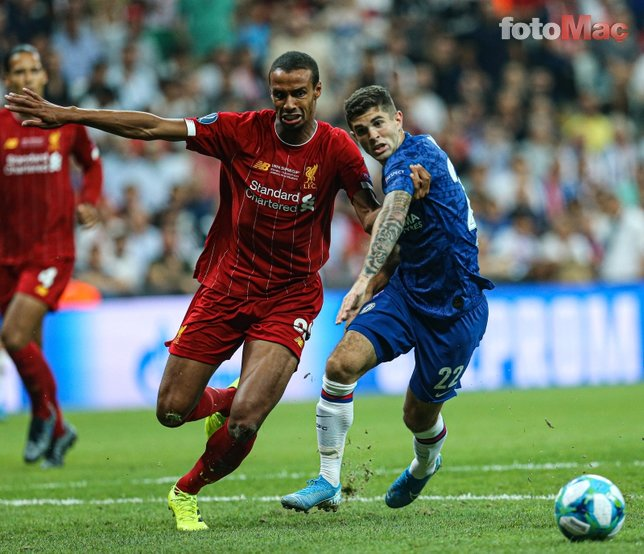 Liverpool - Chelsea maçından kareler...