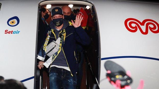 İspanyollar açıkladı! İşte Mesut Özil'e ödenecek para #
