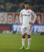 Kaan Ayhan'ın sözleşmesi uzatıldı