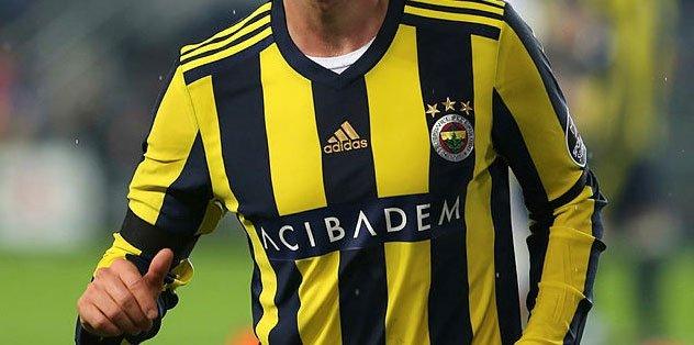 Galatasaray'dan Fenerbahçe'ye bir gol daha! Yıldız oyuncu Cimbom'a...