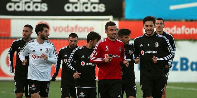 Beşiktaş eksik çalıştı! Belinde ağrı...