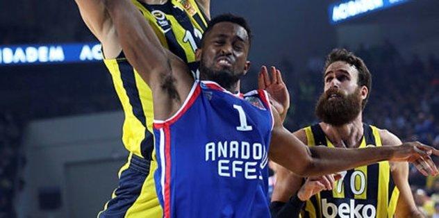 Anadolu Efes Olympiakos'u ağırlıyor