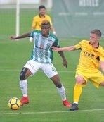 Bursaspor hazırlık maçında Kukesi'ye yenildi