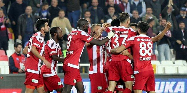 Sivasspor'dan büyük başarı! Tam 10 sezon sonra...