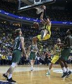 Fenerbahçe Beko 2'de 2 için sahaya çıkıyor