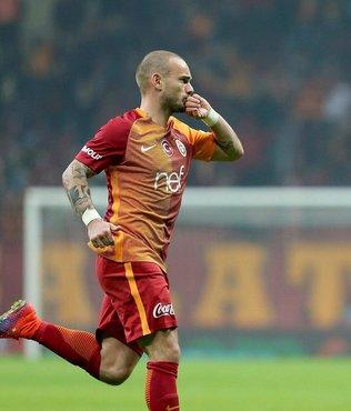 Wesley Sneijder futbola Utrecht ile dönmeye hazırlanıyor!
