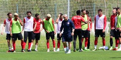 Antalyaspor, Adana deplasmanına hazır
