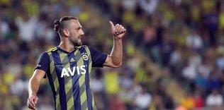vedat muriqi giderse yerine kim gelecek canli yayinda acikladi 1597071015138 - Fenerbahçe'den flaş transfer kararı! Altay Bayındır...