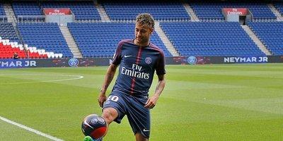 Neymar: Beni taklit eden bir ahmak var