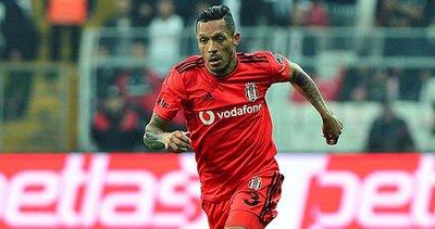 Santos'un Adriano ısrarı