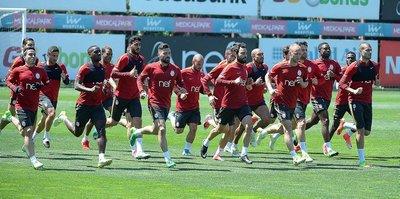 Galatasaray kafilesi Bursa'ya ulaştı