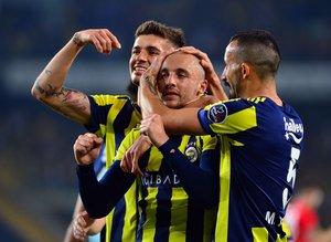 Fenerbahçe taraftarının Aatıf sevinci! İşte yapılan yorumlar