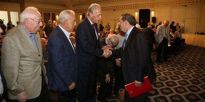 G.Saray başkanı eli boş dönmez
