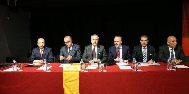 Galatasaray'da seçim yok yola devam
