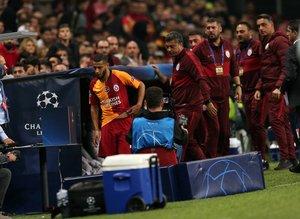 Belhanda'dan Galatasaray taraftarlarına şok küfür!