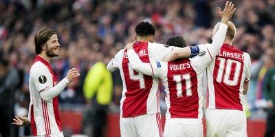 Ajax, Lyon'u perişan etti!